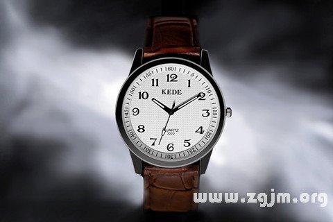 梦见调手表日期