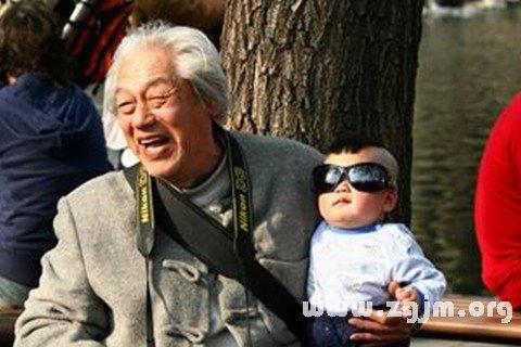 梦见舅舅和他的孙子