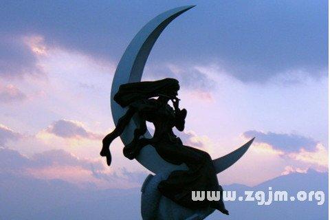 梦见月亮女神图片