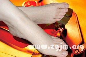 从脚趾看女孩个性是否温柔